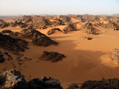 desert-pierres-sable.jpg