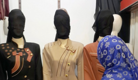 mannequins_in_Mosul.png