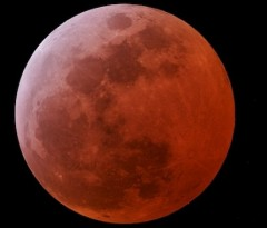 eclipse-lune-15-06-2011.jpg