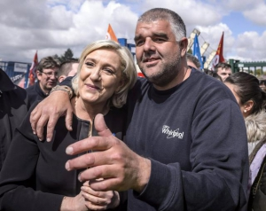 marine le pen,france,europe,anne nivat,macron,whirlpool